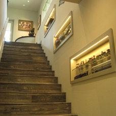 Contemporary Staircase by Colin Edward Slais, Architect, LLC
