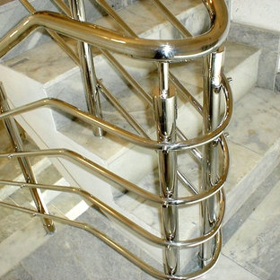 Past Leo Kaz Design projects. Mirror polished stainless steel railing system