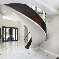 modern staircase by Mark English Architects, AIA