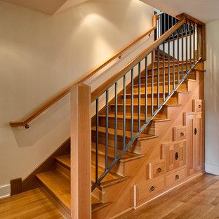 """Idee per una scala a """"L"""" american style con pedata in legno e alzata in legno"""