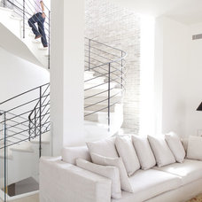 Modern Staircase by Aviad Bar-Ness