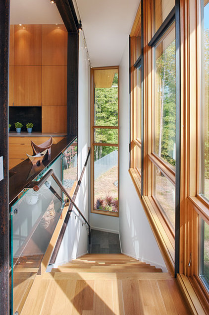 modern staircase by Carlton Architecture