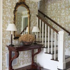 Traditional Hall by Alice Burnham, Inc.