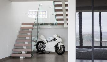 Porthmadog - 'Spine' Curved Grey Oak & Glass