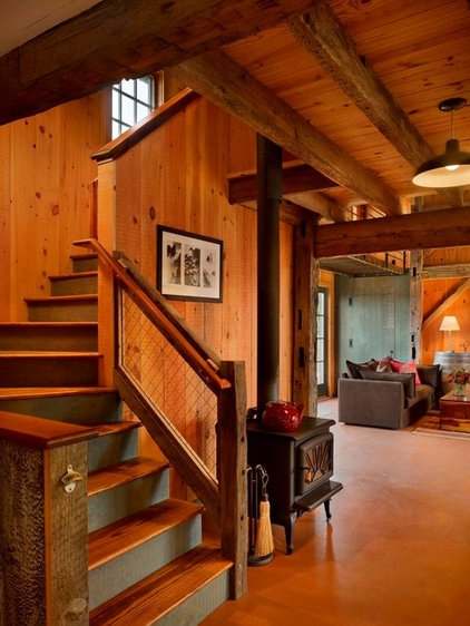 Rustic Staircase by Rasmussen / Su Architects