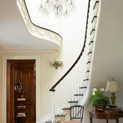 traditional entry by Pulliam Morris Interiors