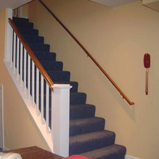 Traditional Staircase by Stony Point Construction Co., Inc