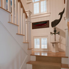 Beach Style Staircase by Peter McDonald Architect