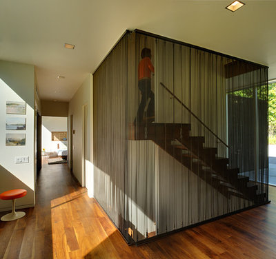 Modern Staircase by Bates Masi Architects LLC