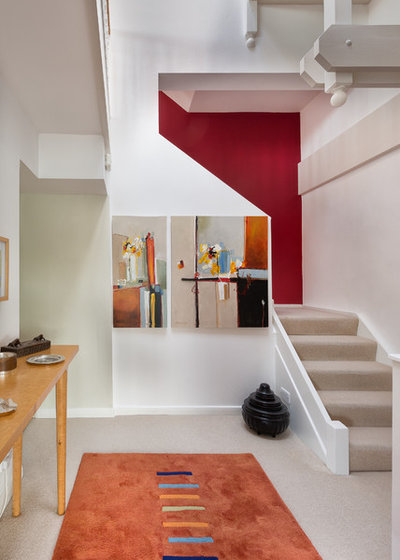 Contemporary Staircase by Colin Cadle Photography