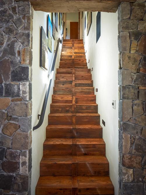 Lighting Basement Washroom Stairs: Basement Stairs