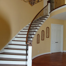 Traditional Staircase by Randy Turner and Son, inc.