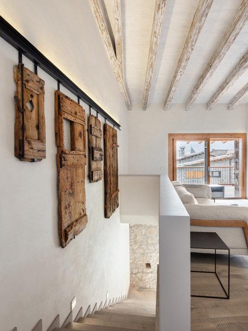 modelo de escalera en l rstica grande con escalones de madera y