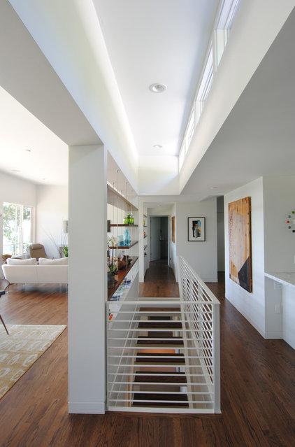 Modern Staircase by Paul McKean architecture llc