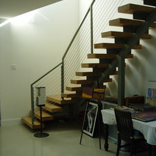 contemporary staircase by Studio Momentum Architects, PC
