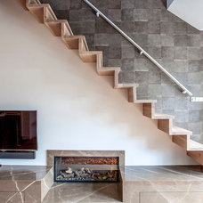 Contemporary Staircase by PuurFlow