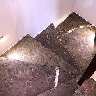 Imagen de escalera de caracol, moderna, pequeña