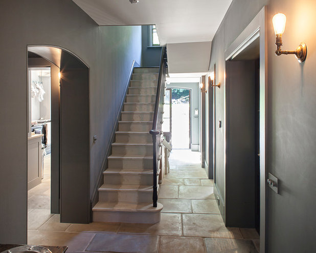 Traditional Staircase by Russell Taylor Architects