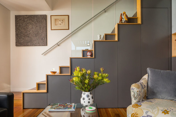 Contemporary Staircase by John Greenwood & Associates