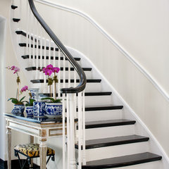 traditional staircase by Northworks Architects and Planners