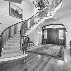 Traditional Staircase by tuthill architecture