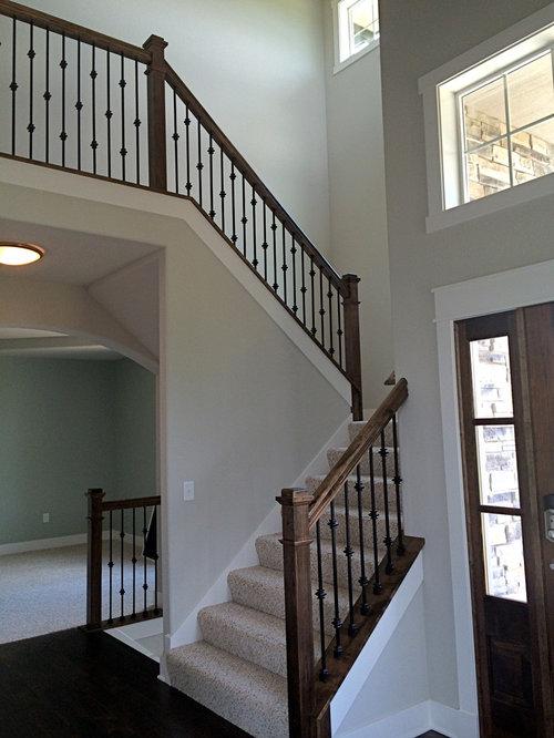 treppen mit holz setzstufen und teppich treppenstufen. Black Bedroom Furniture Sets. Home Design Ideas