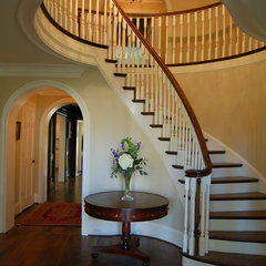 traditional staircase by Cox Architecture and Design