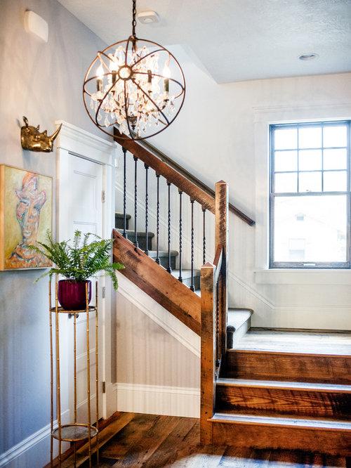 Foton och inredningsidéer för lantliga trappor i Amerikas Förenta ...