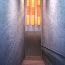 Modern Staircase by RYAN ASSOCIATES GENERAL CONTRACTORS