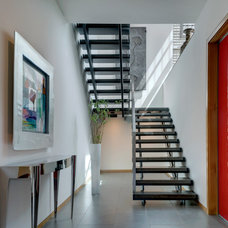 Contemporary Staircase by Bernbaum-Magadini Architects