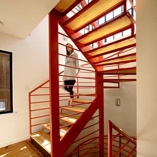 Стильный дизайн: лестница в современном стиле без подступенок - последний тренд