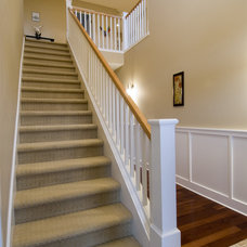 Traditional Staircase by Thomas Fine, CGR, GMB & CGP