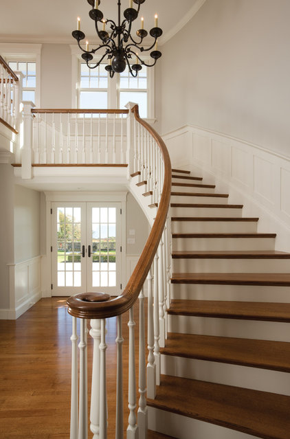 Traditional Staircase by Windover Construction