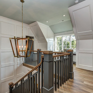 75 farmhouse staircase design ideas stylish farmhouse staircase remodeling pictures houzz. Black Bedroom Furniture Sets. Home Design Ideas