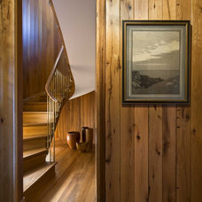 Beach Style Staircase by Ike Kligerman Barkley