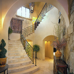 traditional staircase by Jon Luce Builder
