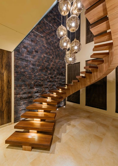 Contemporary Staircase by Mansi Desai