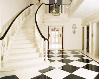 traditional staircase by SHH - Spence, Harris, Hogan Associates