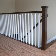 Traditional Staircase by Ravenwood Stairways