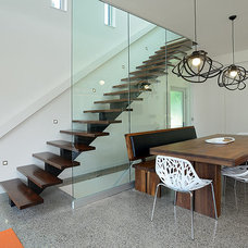 Contemporary Staircase by LineBox Studio