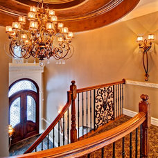 Traditional Entry by Southampton Builders