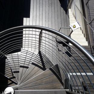 Staircase - contemporary staircase idea in Orange County