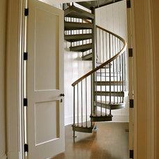 Beach Style Staircase by Bill Huey + Associates