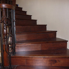 Traditional  by Top Flooring