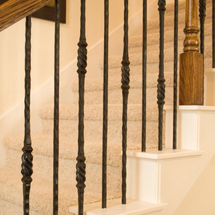 Staircase - traditional staircase idea in Austin