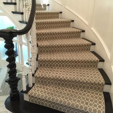 Staircase - Carpet & Hardwood