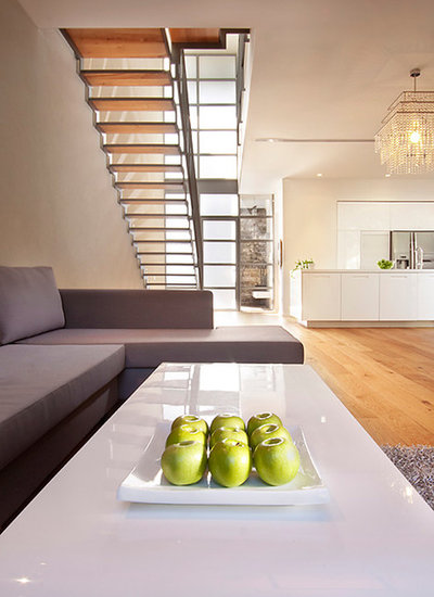 Modern Staircase by Elad Gonen