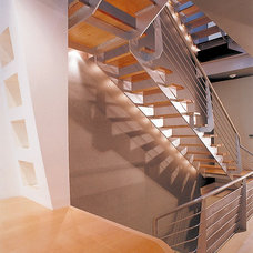 Contemporary Staircase by Faulding Architecture