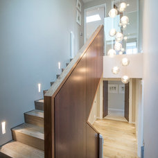 Contemporary Staircase by Folio Design LLP