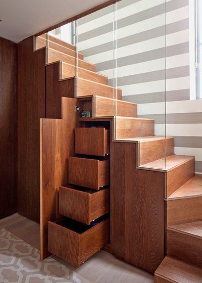 Contemporary Staircase by MKDREAMDESIGN